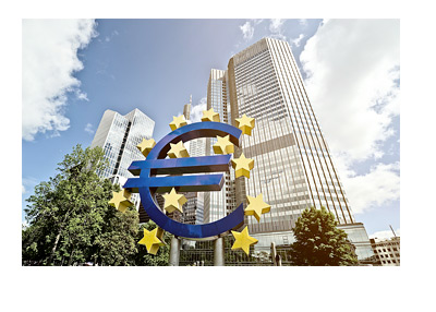 The European Central Bank - Euro sign in front of the building - Photo - Sunny day