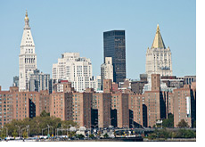 -- Stuyvesant Town and Peter Cooper Village - View from Brooklyn --