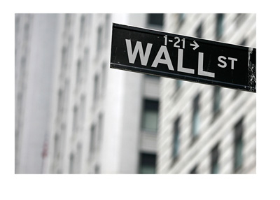 Wall Street sign - New York City - Financial district - Gray and cloudy day